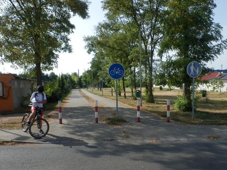 Porovnanie dlžky cyklistickej siete vo vybraných stredoeurópskych mestách