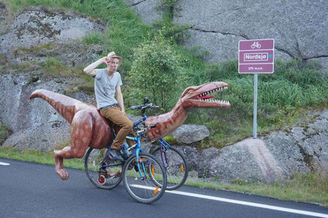 Nór, ktorý vymyslel Dinocykel.