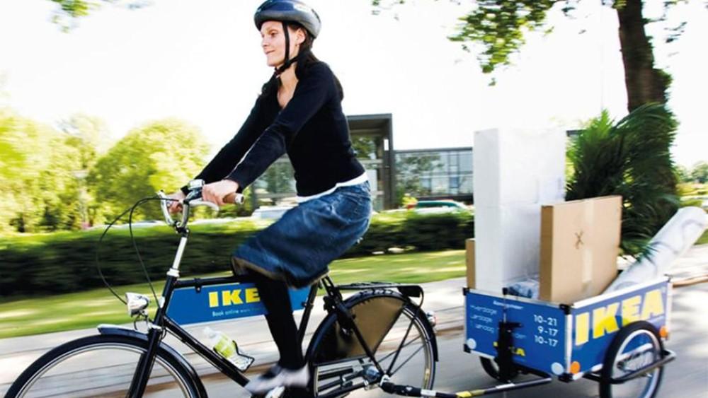 Ikea v Nórsku začala požičiavať bicykle s vozíkmi na odvoz tovaru.