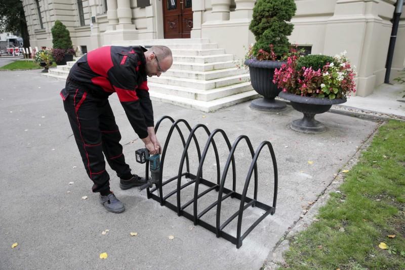 V Košiciach budujú stojany pre 1000 bicyklov.
