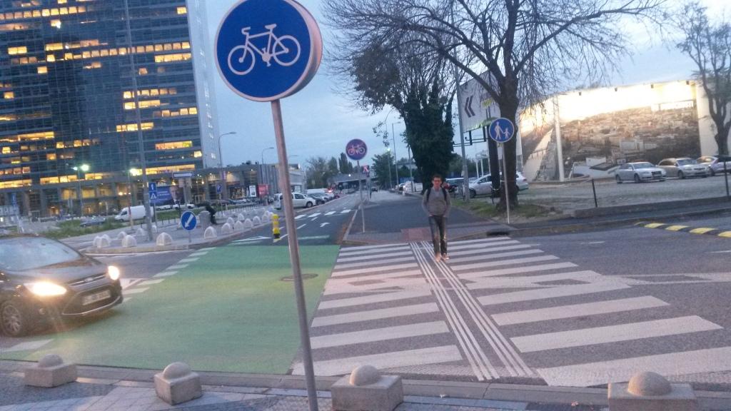 Cyklistická cestička Pribinova v Bratislave prijemne prekvapí