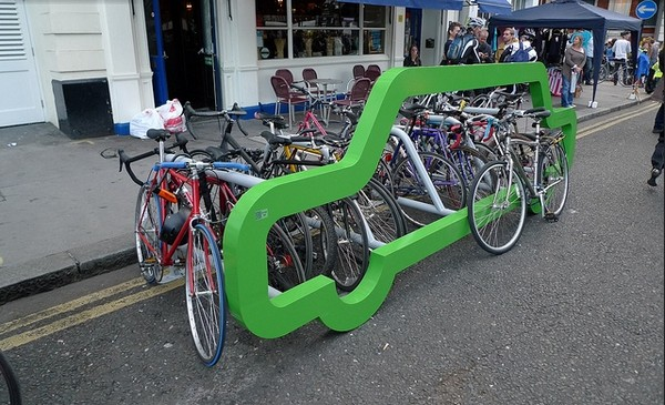 clever-bike-rack-concept-park-10-bicycles-instead-of-a-single-car-3