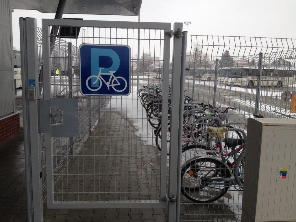 Bike and Ride pre cyklistov na autobusovej stanici v Dunajskej Strede.