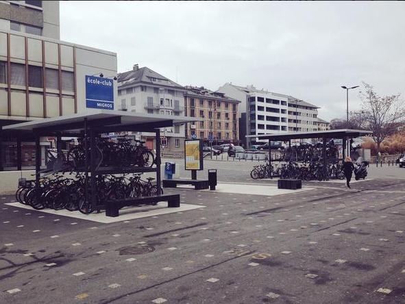 Parkovanie na stanici v Sione