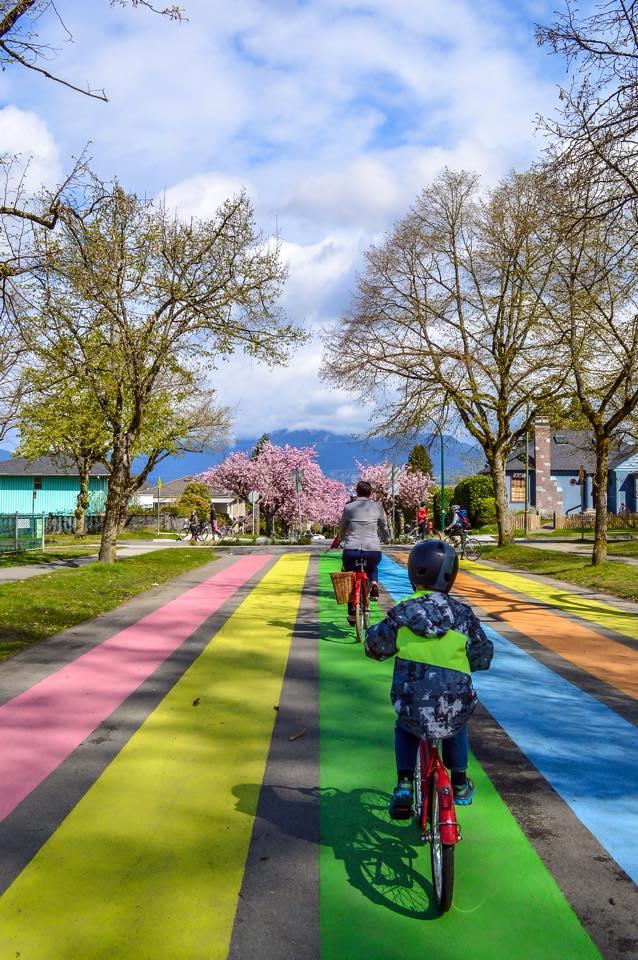 Jarná inšpirácia z Vancouvru – kvetová cyklojazda