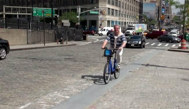 Prejazd mačacími hlavami v NY pre cyklistov sa zlepšilo