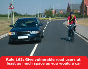 obiehanie cyklistov v VB,pravidlo 163