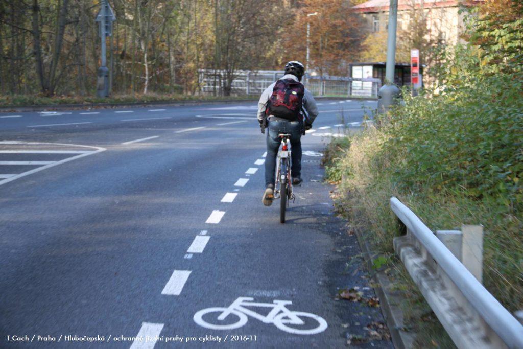 Praha má prvé viacúčelové cyklopruhy