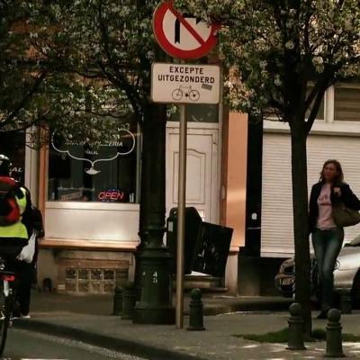 Umožnenie obojsmerného prejazdu cyklistov v jednosmerkách je v Belgicku automatické.