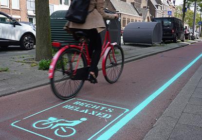 Ak sa neponáhľate v Rotterdame na bicykli, držte sa vpravo