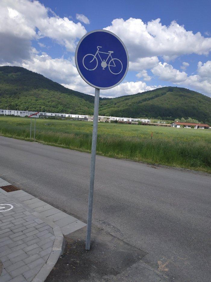 Zmeny v zákone o cestnej premávke prinášajú mnohé novinky pre cyklistov