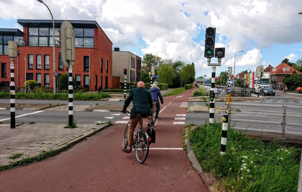 Musíme zmeniť paradigmu mestskej dopravy!