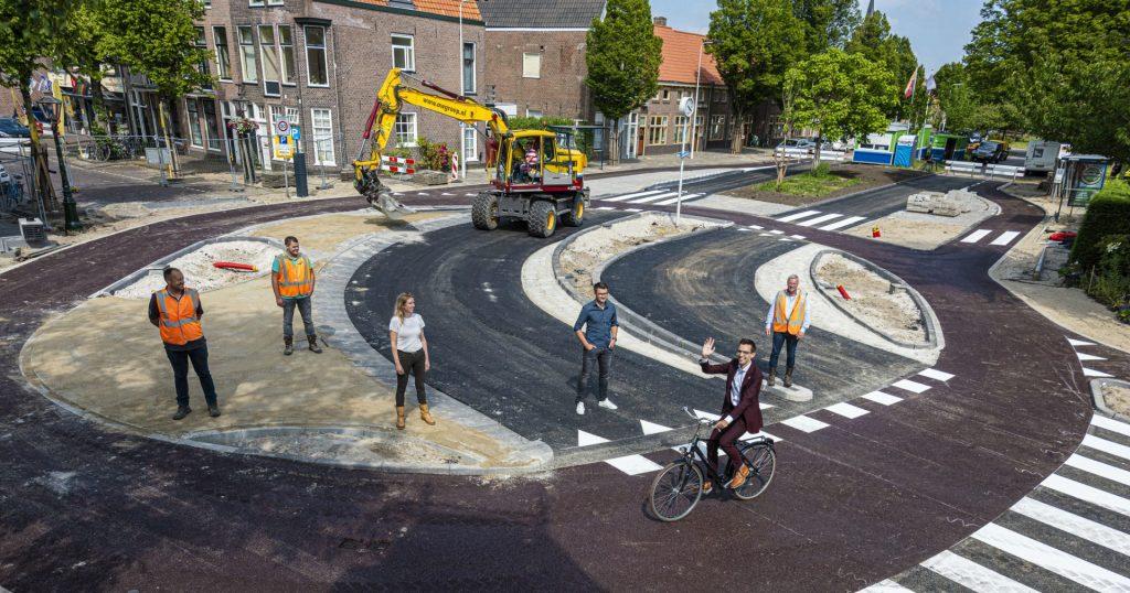 Ako urobiť bezpečnú okružnú križovatku pre cyklistov – Leiden
