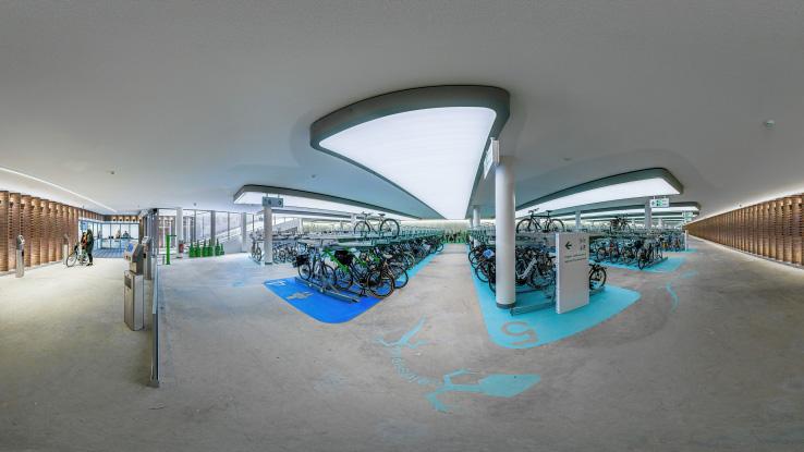 Amsterdam vybudoval podzemné parkovisko pre 2000 bicyklov