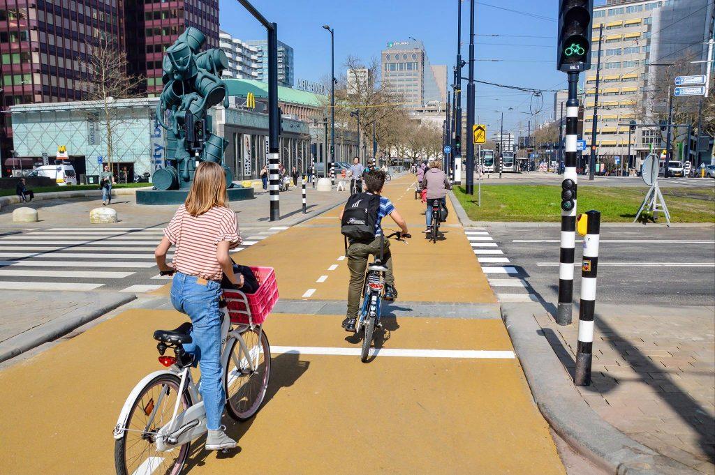 Rotterdam sa dal na cestnú diétu