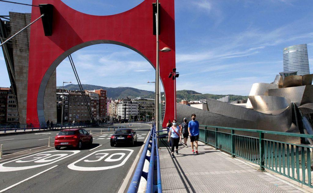 Španielsko zavádza na väčšine ciest 30 km/h