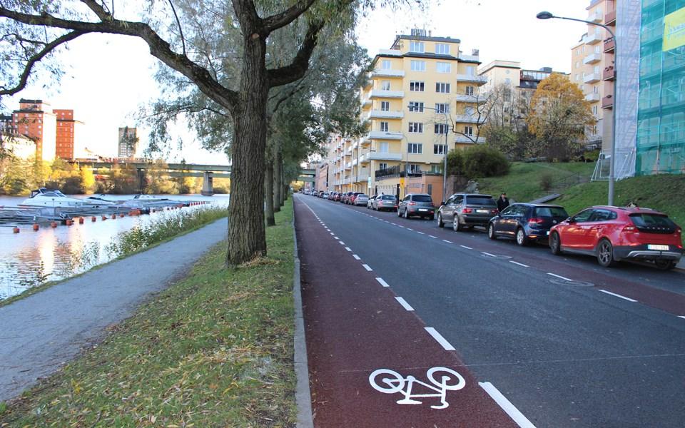 Štokholm implementoval ochranné pruhy