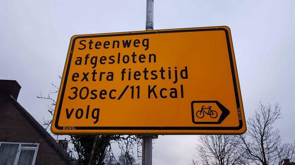 Nové značky o obchádzke pre cyklistov s údajmi o spálených kalóriách