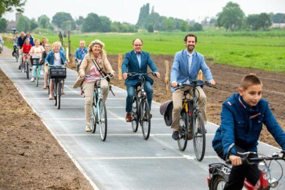 V Holandsku otvorili najdlhšiu solárnu cyklotrasu